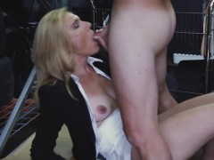 Sexy blonde makes the pawnmans dick hard and ready to suck