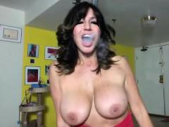 Mature Cam Whore Shows Off