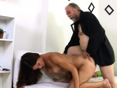 Fascinating young gal gets her slit ready for old hard cock