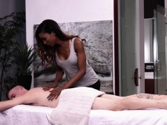 Transbabe Natassia Gets Her Asshole Pounded By A Hunk Stud