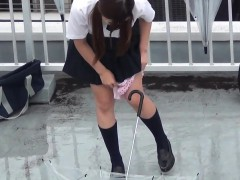 Japanese Teens Urinate