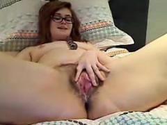 Sexy Amateur Slut Fucks Her Creamy Hairy Pussy