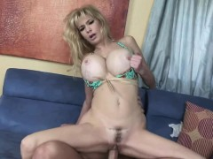 Tara Moon is getting her mature pussy pounded