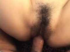 Moe Ousawa receives a dick to crack her bush