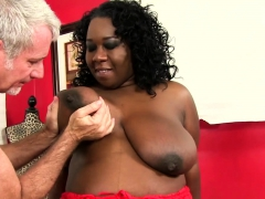 Ebony Plumper Visits A Masseur He Sucks Her Tits He