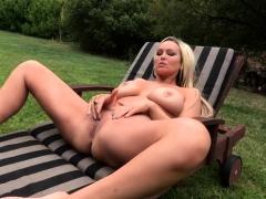 Big Ass Pornstar Outdoor Sex With Facial